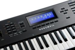 Kurzweil Synthesizer